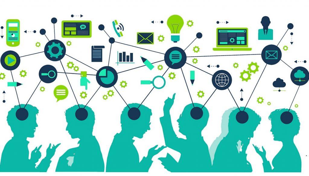 קורס תכנות אונליין או למידה פרונטלית